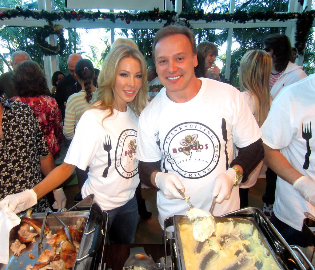 Lisa And Dr. Hochstein Lend A Hand At 4th Annual Thanksgiving Day Feed-A-Friend Dinner